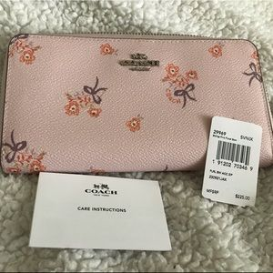 Authentic Coach Wallet NWT Pink with flowers